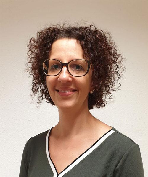 Laura Halaszy